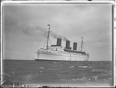 Glass Plate: RMS EMPRESS OF BRITAIN (1930)