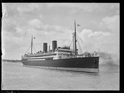 Glass Plate: Steam passenger vessel on harbour [Waitematā]