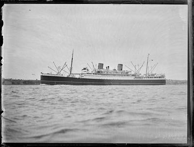 Glass Plate: Steam passenger vessel
