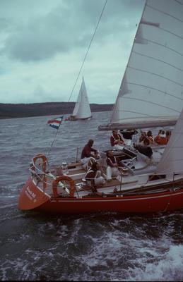 Slide: 1975 Southern Cross Cup (1-13), 1975 Admiral's Cup Team (14-21) 2/95