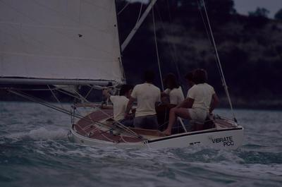 Slide: VIBRATE competing in the 1977 Lipton Cup race
