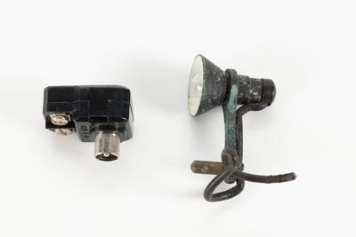 Small light fitting and adaptor