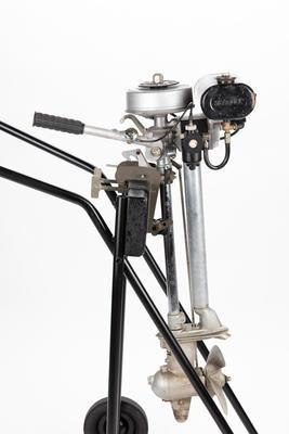 Outboard motor: British Seagull, Forty Plus Clutch Drive