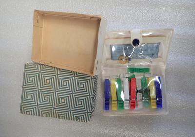 Pocket washing line and clothes peg set, Hapag-Lloyd brand